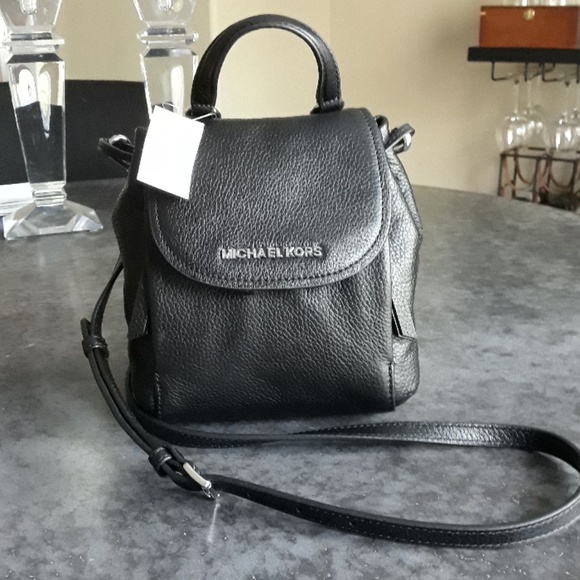 78b78c702c79 Michael Kors Bags | Crossbody Black Leather | Poshmark